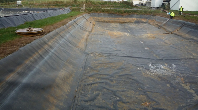 Audit of the leachate pond in a municipal landfill